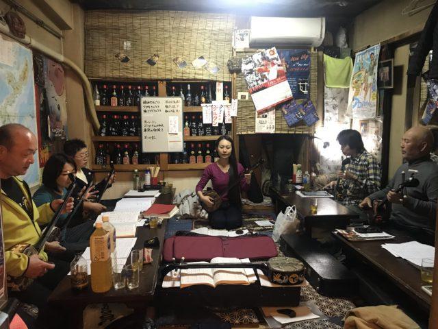 琉球古典音楽 野村流保存会 寺本さやか研究所 新宿でのお稽古風景